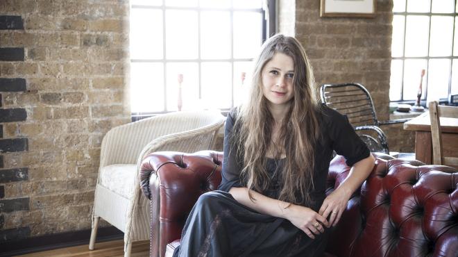 Die Gelbe Tapete Katie Mitchell : Katie Mitchell – Alchetron, The Free Social Encyclopedia