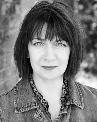 Maureen Beattie Headshotweb