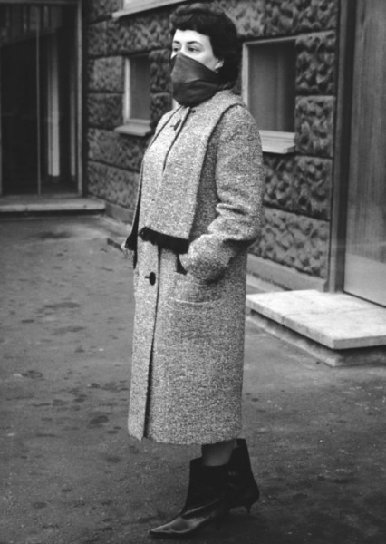 A woman poses outside Shepherd's Bush police station in February 1965, wearing clothes identical to those of murder victim Bridget or Bridie O'Hara, in an attempt to jog the memory of witnesses. O'Hara was one of the seven victims of a London serial killer known as Jack the Stripper. The murders, as yet unsolved, were known collectively as the Hammersmith Nudes (Photo by Keystone/Hulton Archive/Getty Images)