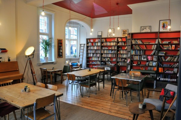 6 - Library Bar - Reading Room