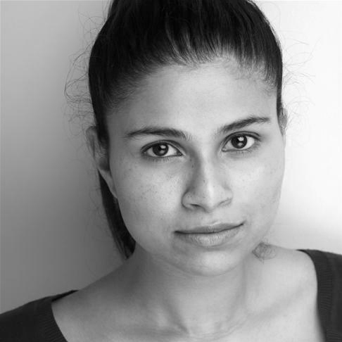Zainab Hasan Headshot