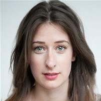 Sophie Steer Headshot