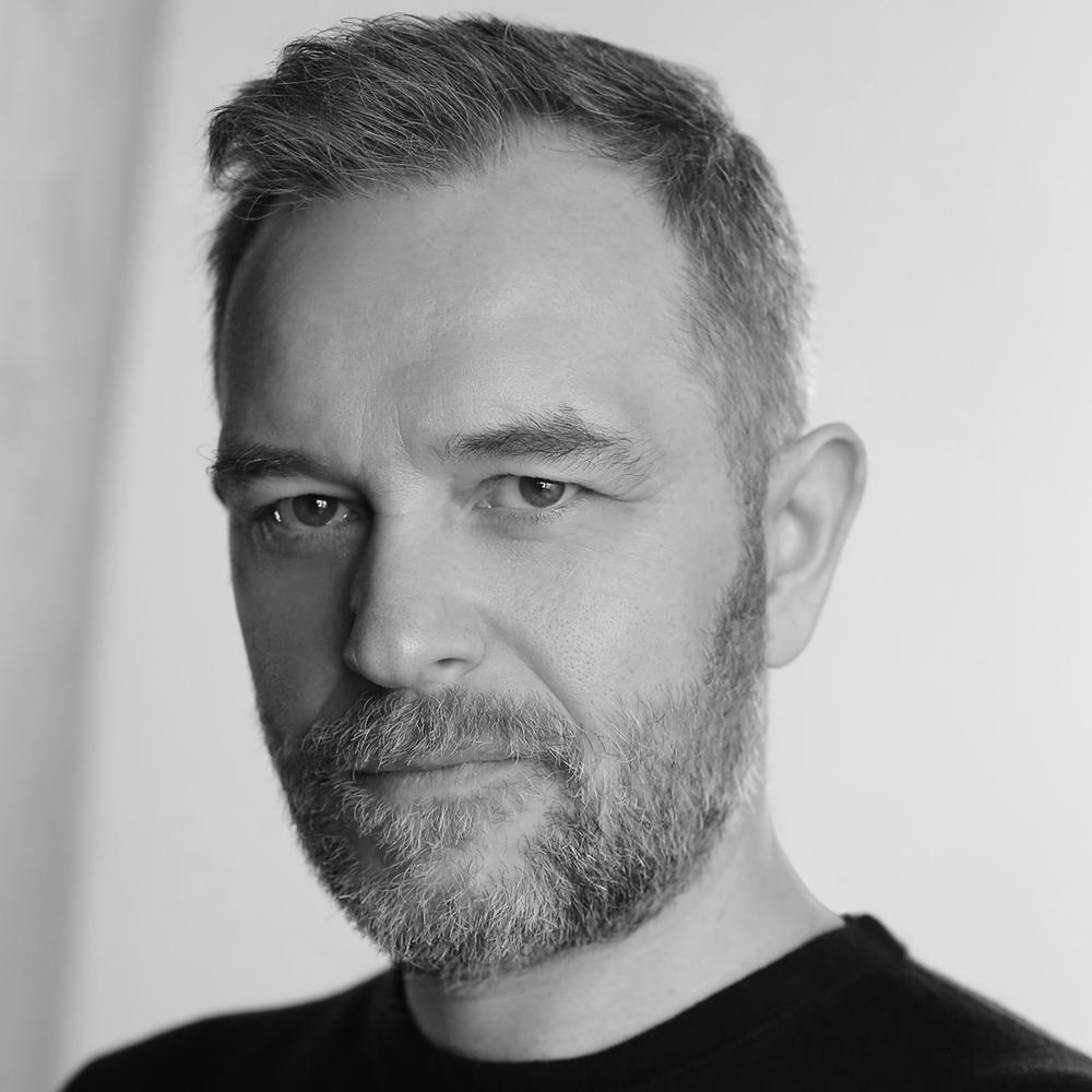 Jon Foster-BW